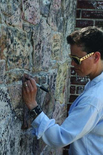 Mal Malme Signing Wall